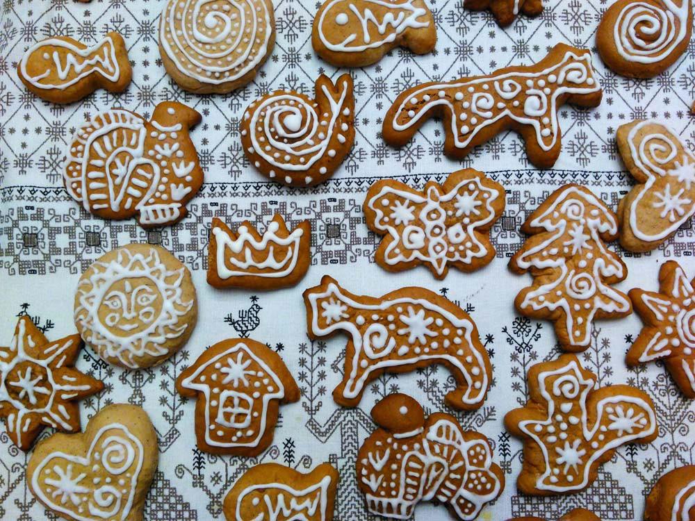 © Georgi Petit-Jean. Kerstkoekjes gemaakt door de leerlingen van de Russische cultuurschool in de naam van tsarina Alexandra Fjodorovna in Brugge