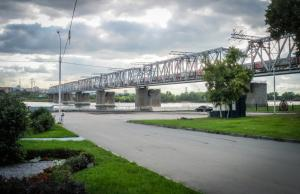Nieuwe spoorwegbrug over de Ob