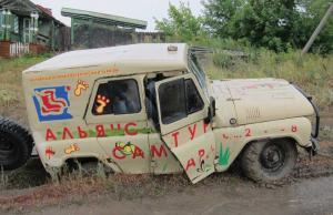 Russische jeep UAZ © Kurt Lapere